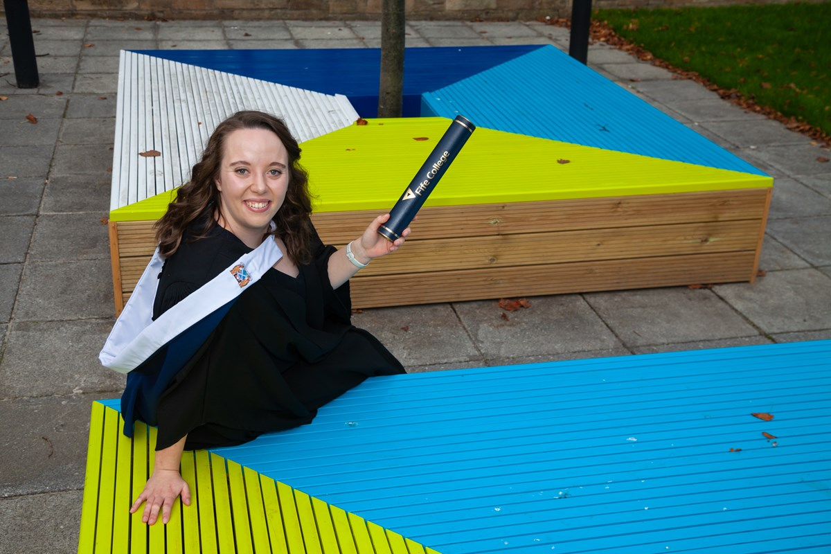 Kirkcaldy Campus takes on new look thanks to Niamh's design